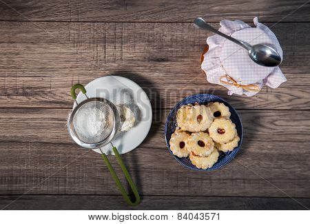 Canestrelli biscuit on wood table, vanilla cookies