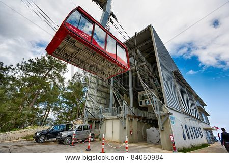 Cable Car At Tahtali