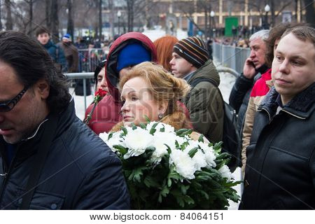Policies Lubov Sliska In The Queue Funeral Politician Boris Nemtsov