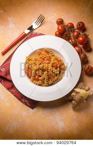 pasta with fresh tomatoes and grated ginger