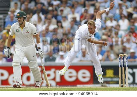MANCHESTER, ENGLAND - August 01 2013: Shane Watson and Stuart Broad during day one of  the Investec Ashes 3rd test match at Old Trafford Cricket Ground, on August 01, 2013 in London, England.