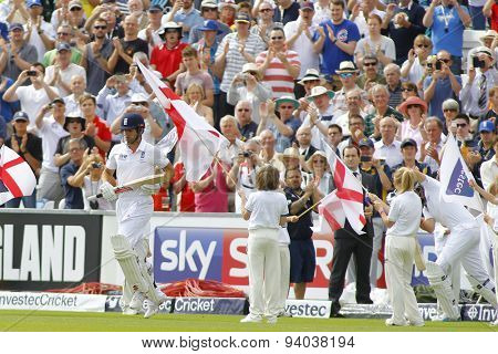 CHESTER LE STREET, ENGLAND - August 09 2013: Alastair Cook comes out to bat on day one of the Investec Ashes 4th test match at The Emirates Riverside Stadium, on August 09, 2013 in London, England.