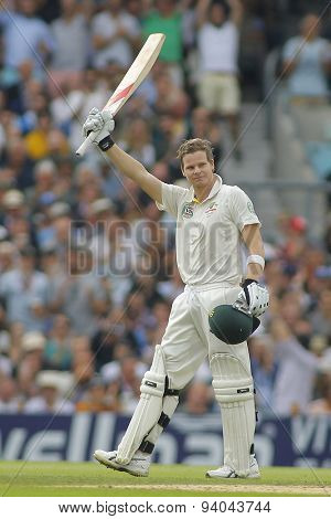 LONDON, ENGLAND - August 22 2013: Steven Smith raises his bat to acknowledge the crowd after scoring a century during day two of the 5th Investec Ashes cricket match between England and Australia
