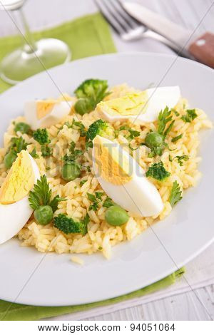 rice,egg and pea