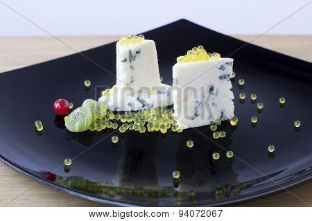 Dor Blue And Honey Caviar