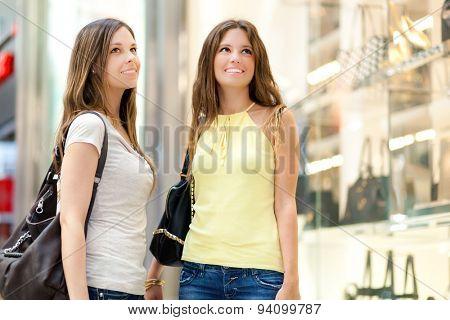 Women shopping in the city