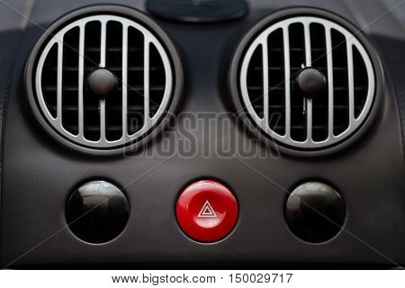 car air conditioner grid panel on console