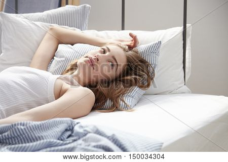 Beauty Woman In The Bed Just Woked Up