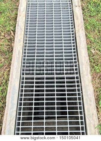 Grating cover for storm drainage of industrial. Grating cover trench.