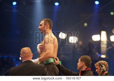 Vitali Klitschko Jubilating In Ring