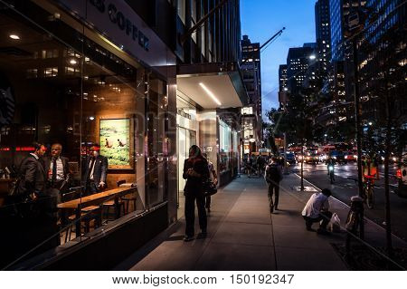 Streets Of Manhattan At Night