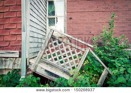 broken down house and step in prince edward island