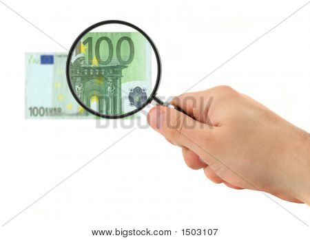 Hand Magnifying 100 Euro Note