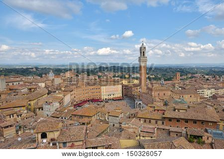 Piazza del campo, tuscan old city center of Siena, Italy