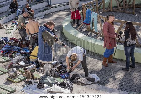 Rostov-on-Don Russia- October 01 2016: Fight knights in the arena of the park W. Cherevichkin. Knights wears armor