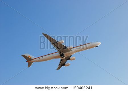 Iberia Ec-jnq - Airbus A340 In  Israel Sky