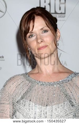 LOS ANGELES - OCT 1:  Tara Norris at the Catalina Film Festival - Saturday at the Casino on October 1, 2016 in Avalon, Catalina Island, CA