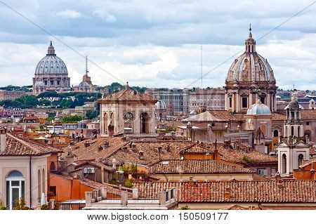Panorama view of Rome roofs and couple