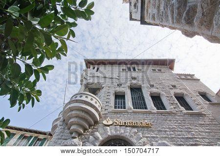 Modernisme Bank Building Soller