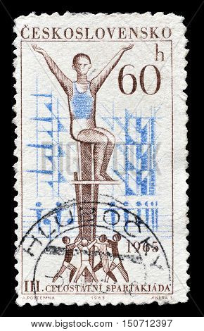 CZECHOSLOVAKIA - CIRCA 1965 : Cancelled postage stamp printed by Czechoslovakia, that shows Gymnasts.