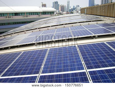 Rooftop Solar Panels on Factory Curve Roof