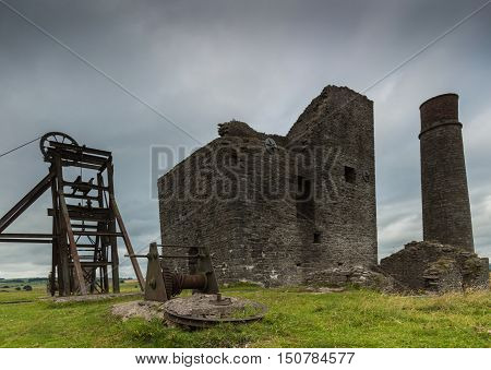 A closer view of some derelict buildings at Magpie Mine in the Peak District