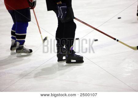 Ice-Hoceky Players