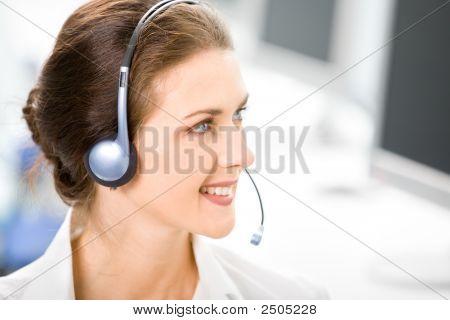 Business-Headset-operator