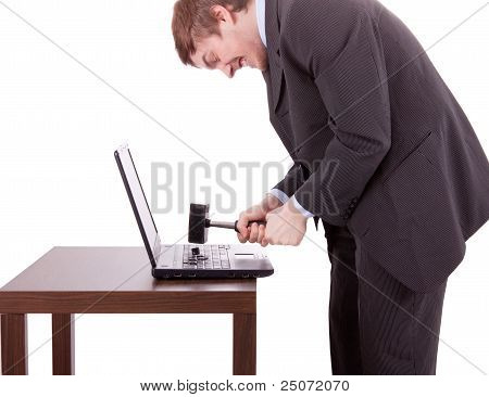 Laptop destruído