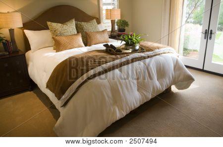 Bedroom 2724