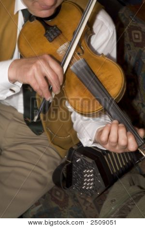Irish Folk Fidddle Player