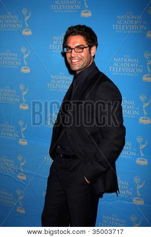 LOS ANGELES - JUN 17:  Jordi Vilasuso arriving at the 38th Annual Daytime Creative Arts & Entertainment Emmy Awards at Westin Bonaventure Hotel on June 17, 2011 in Los Angeles, CA