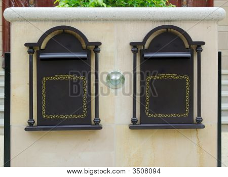 Doorplate And Letter Box