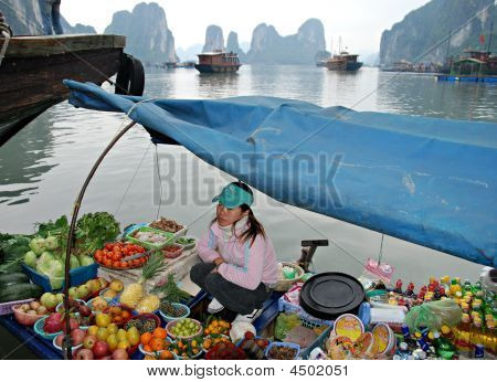 Asian Floating Market