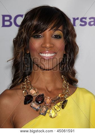 LOS ANGELES - AUG 11:  SHAUN ROBINSON arriving to Summer TCA Party 2011 - NBC  on August 11, 2011 in Beverly Hills, CA