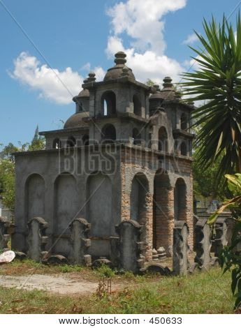 Haunted Mansion Mausoleum