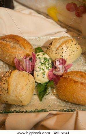 Horno de rodillos con mantequilla de cebollino