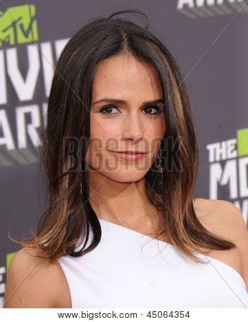 LOS ANGELES - APR 14:  Jordana Brewster arrives to the Mtv Movie Awards 2013  on April 14, 2013 in Culver City, CA.