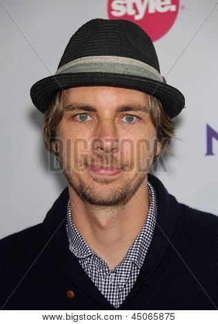 LOS ANGELES - AUG 11:  DAX SHEPHERD arriving to Summer TCA Party 2011 - NBC  on August 11, 2011 in Beverly Hills, CA