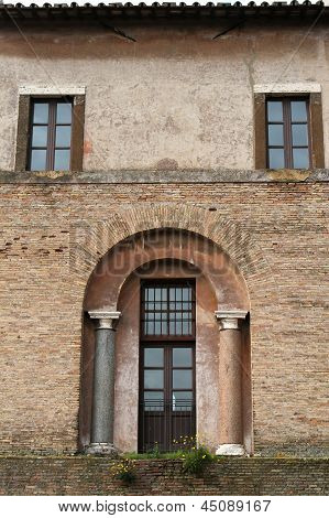 Domus Flavia Walls