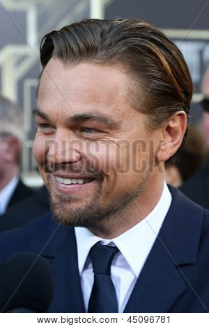 NEW YORK-NOV 18: Actor Leonardo DiCaprio attends the premiere of