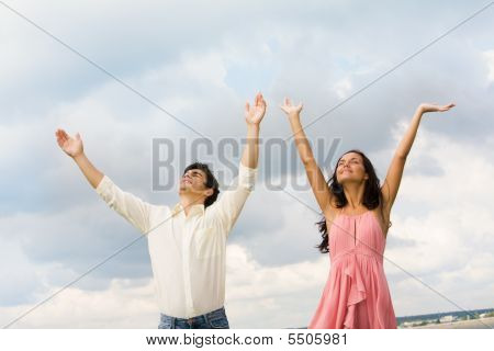 Praising Couple