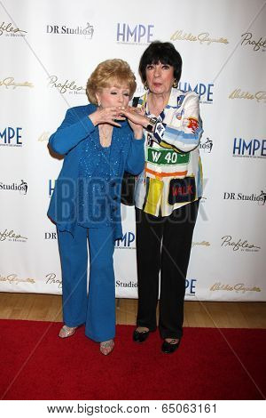 LOS ANGELES - MAY 14:  Debbie Reynolds, Jo Anne Worley at the