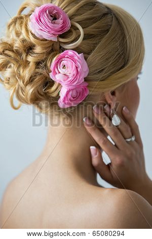 Wedding. Attractive bride with beautiful hair