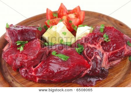 Uncooked Small Beef Chunks