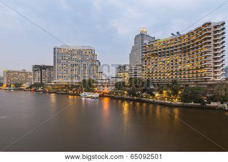 Luxury Hotel Riverside Choaphraya River Bangkok