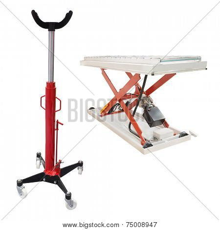 The image of lifting machine under the white background