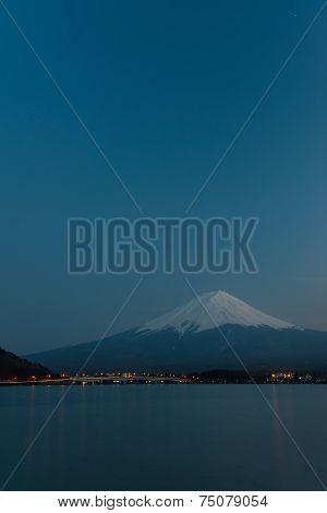 Mt  Fuji rises above Lake Kawaguchi
