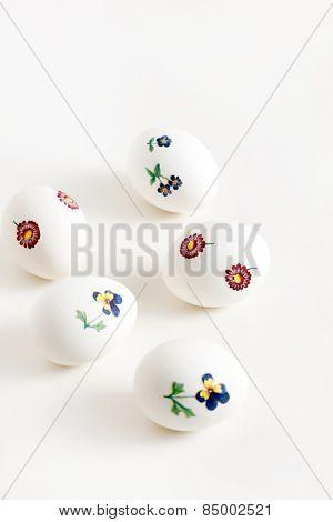 easter eggs made decoupage methods