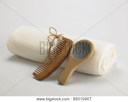 bath towel with the comb and mirror